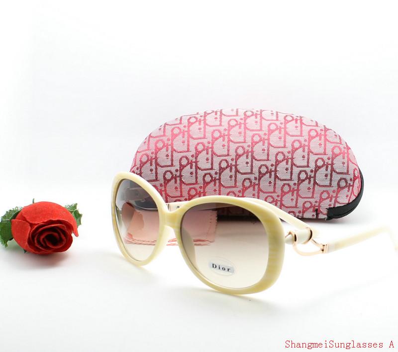 lunettes de soleil 2014 burberry pas cher a0290e828a58