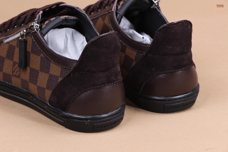 37f266febf72 Un rétro pour le chaussure lv pour homme Rose - art-sacre-14.fr