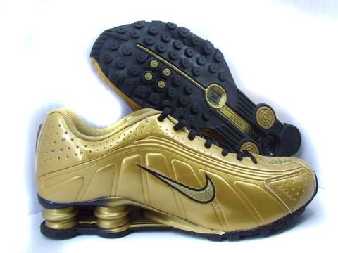 competitive price 93e80 fc576 nike shox r4 gold