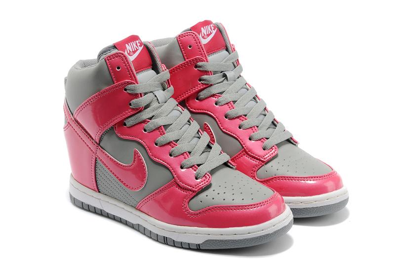 new product 67e93 c2ad5 53.90EUR, Nike Air Max talons Dunk femmes,nike wmns dunk sky 2013 nike  femmes nouvelle plate