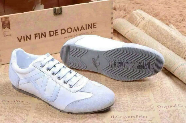 5b544cc525e Chaussures Hommes Pas emporio Cher Emporio Armani gCwZfqq5B