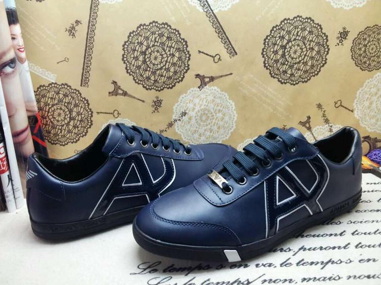 a79a3ebce348 Chaussures Emporio Armani bleues Fashion homme IZ9sr42 ...