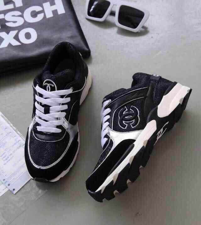 74.00EUR, CHANEL chaussures femmes - page8,women chanel paris montaigne  shoes sport silver line 1ec4461b837
